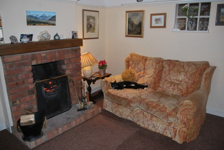 Waverton bed and breakfast lounge